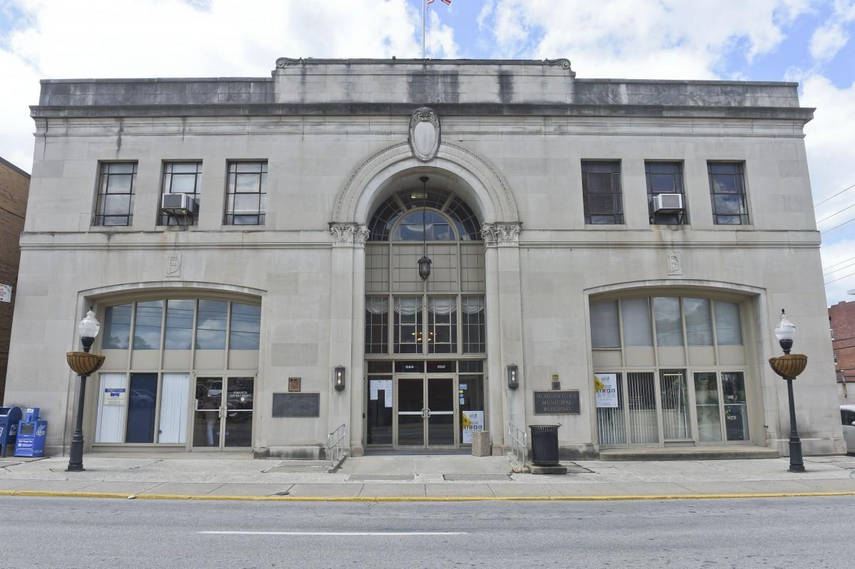 morgantown city hall on Spruce Street