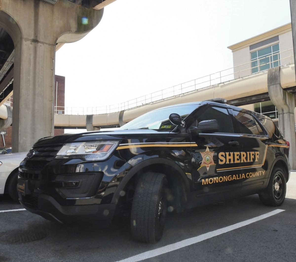 Mon Sheriff police car