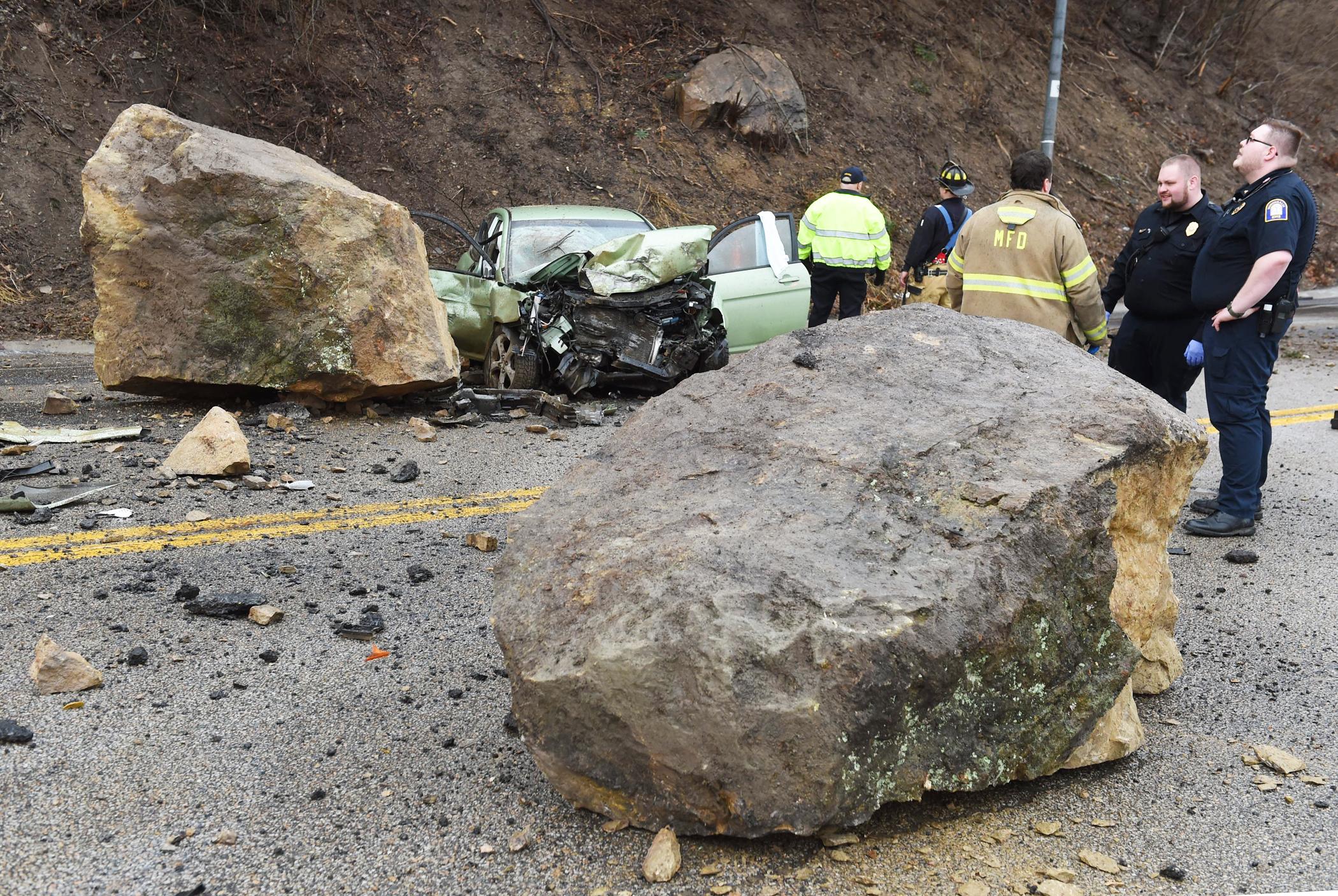 boulders lay in Monongahela Boulevard