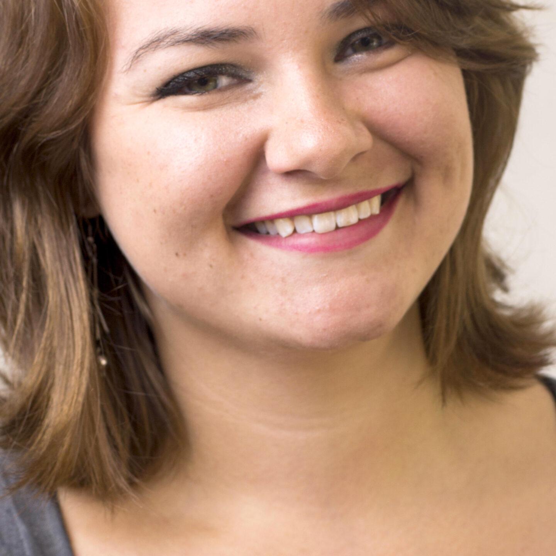 Headshot of Aldona Bird