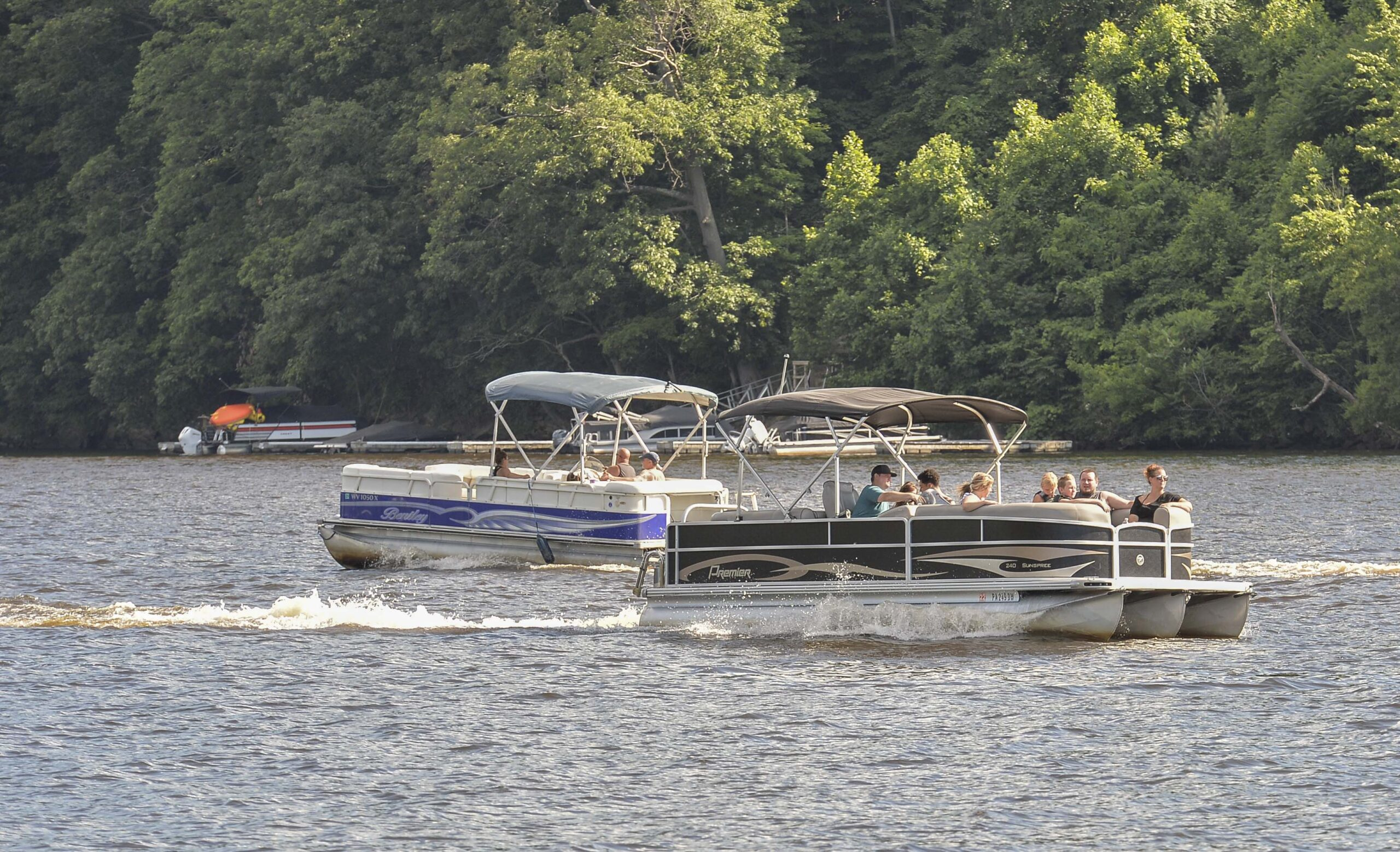 boaters on Cheat Lake